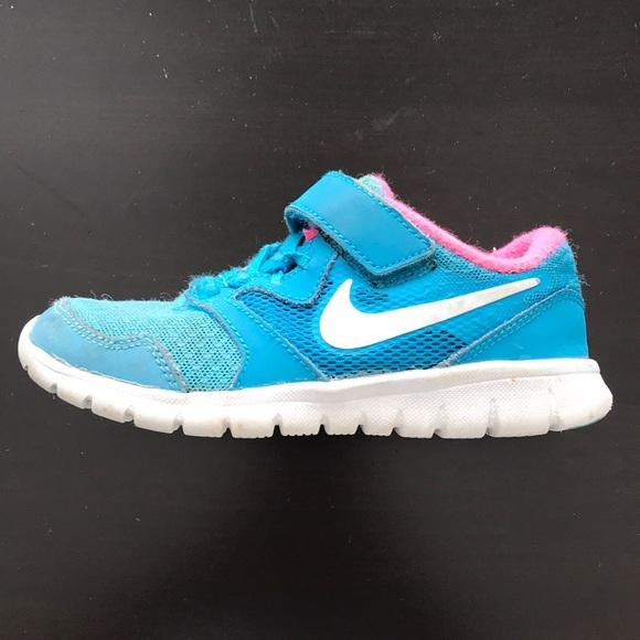 """a0355a23d21f Nike """"Flex Experience 3"""" Girls Size 11.5C. M 5a8991e9739d4834e0da608a"""